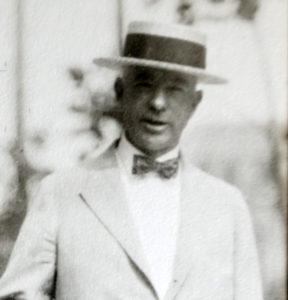 William MacNeill